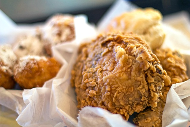 chicago-fried-chicken-brown's-chicken
