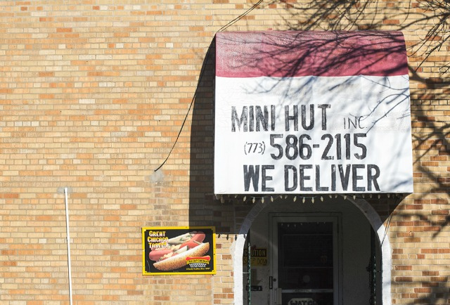 mini-hut-best-fried-chicken-chicago